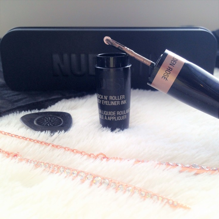 Nudestix_Rocknroller_eyeliner_ink_applicator