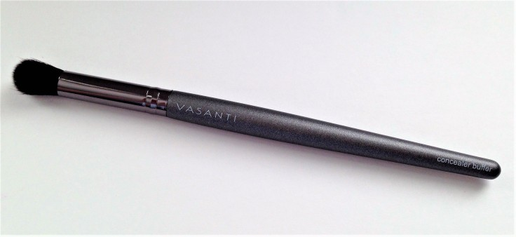Ipsy_April_2018_review_Vasanti_concealer_brush