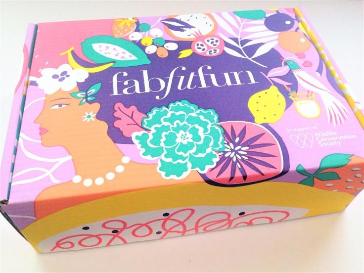 FabFitFun summer 2018 subscription box review box design