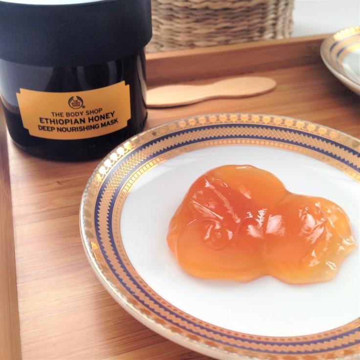 The Body Shop Ethiopian Honey Deep Nourishing Face Mask Consistency